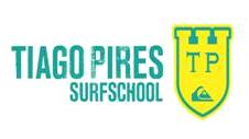 A TUPER A SURFAR COM A TIAGO PIRES SURF SCHOOL