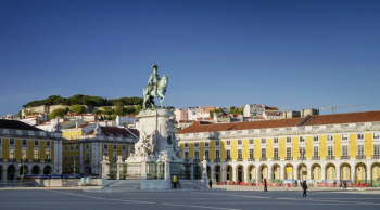 "PORTUGAL WITH MORE THAN 10 TOURISM ""OSCARES"""